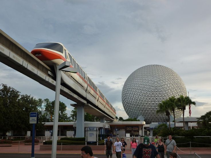 7 reasons why EPCOT is perfect for visiting with toddlers and babies