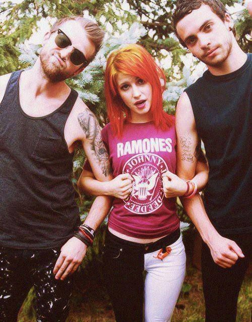 Paramore, saw them in Grand Prairie October 26th(2013). Unbelievable performers! Great experience.