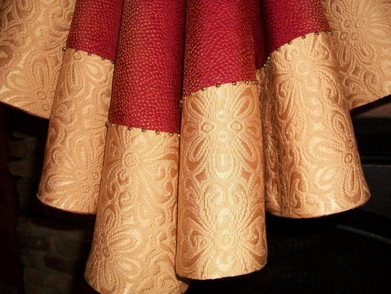 Red And Gold Tree Skirt 116