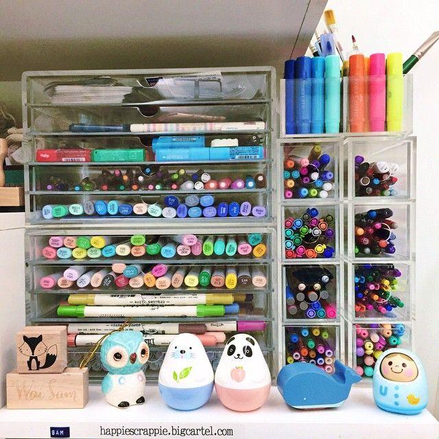 happiescrappie: acrylic pen case