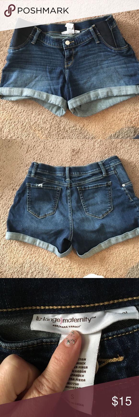 Liz Lange maternity shorts Super comfortable jean maternity shorts from Liz Lange Liz Lange Shorts Jean Shorts