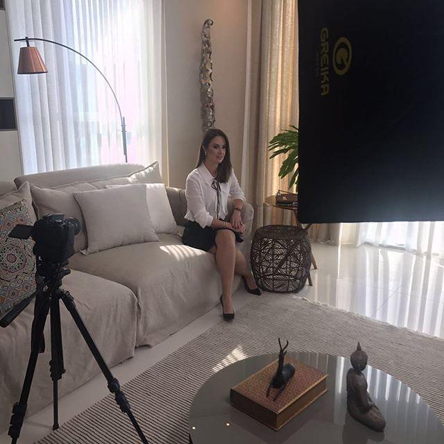 Entre hoje e amanhã a especialista em mercado de luxo @manuberger grava o conteúdo de seus dois cursos em parceria com a Academia @beatricedarte em Florianópolis. Os cursos serão disponíveis para o público a partir de Setembro e abordam os temas Como Construir uma marca de luxo e Gestão do mercado de Luxo.  via HARPER'S BAZAAR BRAZIL MAGAZINE OFFICIAL INSTAGRAM - Fashion Campaigns  Haute Couture  Advertising  Editorial Photography  Magazine Cover Designs  Supermodels  Runway Models