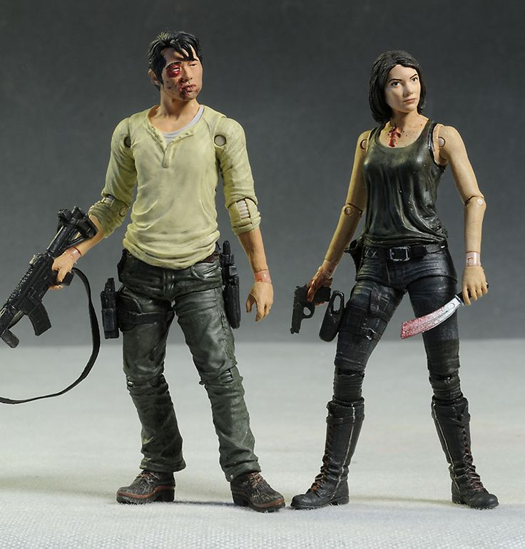 Maggie and Glenn Walking Dead action figures by McFarlane