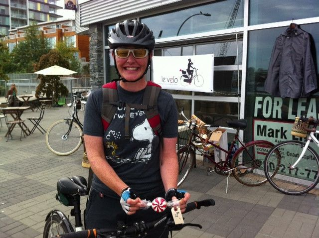 Testimonials – Le Vélo Victoria | Our friend Nicole on August, 2013, Victoria - candy stripe bell