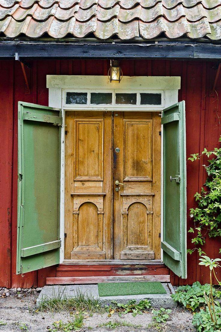 Best 25 swedish cottage ideas on pinterest red cottage for Scandinavian style doors