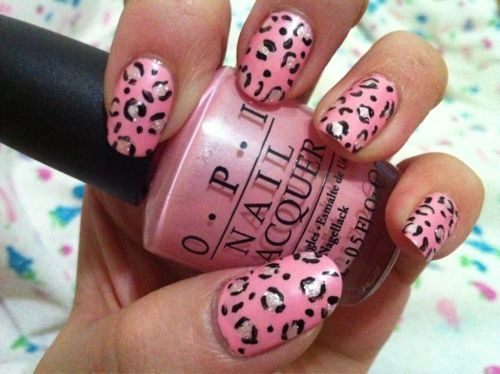 leopard nails in pink and white
