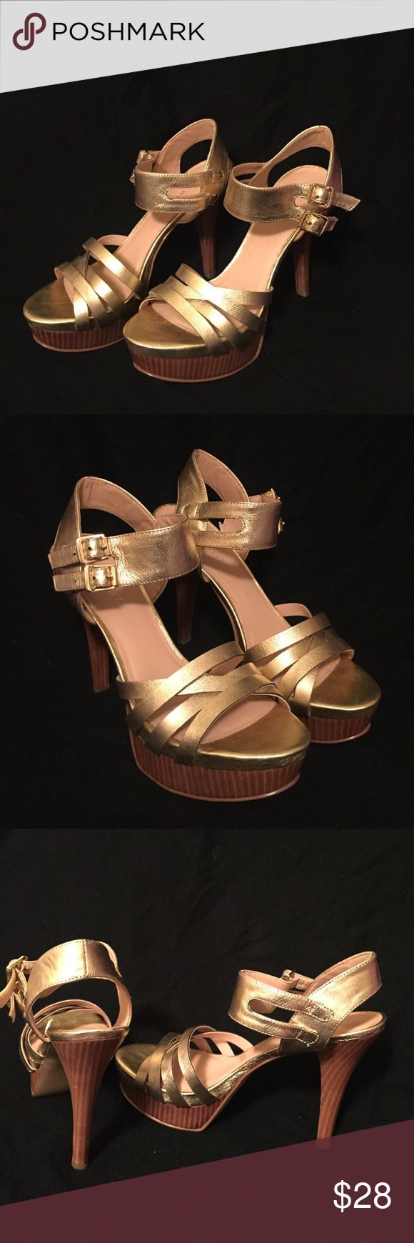🌼🌸🌺Nine West Sandal Heel🌼🌸🌺 Absolutely beautiful Gold Sandal Heels!!!  They are in excellent condition!!! Nine West Shoes