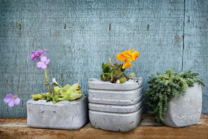 Make your own concrete plantpotter