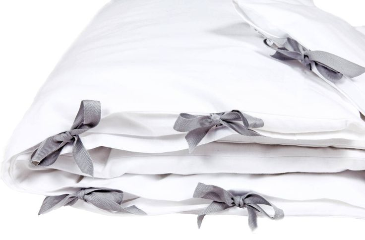 Must have każdej wyprawki! Śnieżno biała pościel do łóżeczka. 100% bawełny.