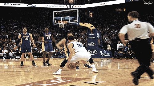 Steph Curry with the nice handles and finish from long range.