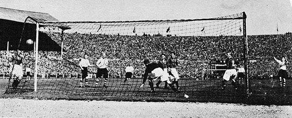 26th April 1947. Charlton Athletic winger Chris Duffy scores the winner against Burnley during extra time in the FA Cup Final, at Wembley.