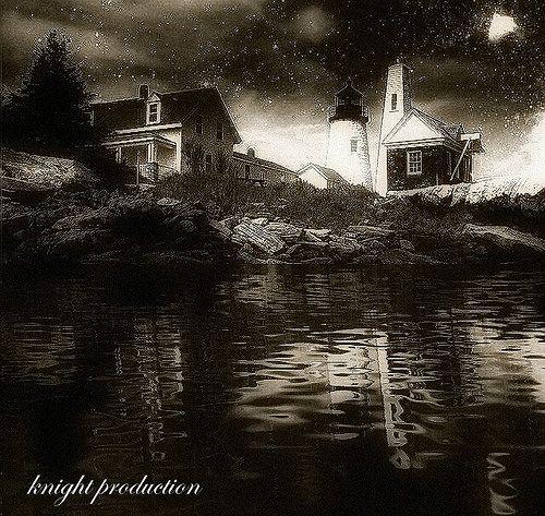 https://flic.kr/p/DTn1PC | Lighthouse Reflection