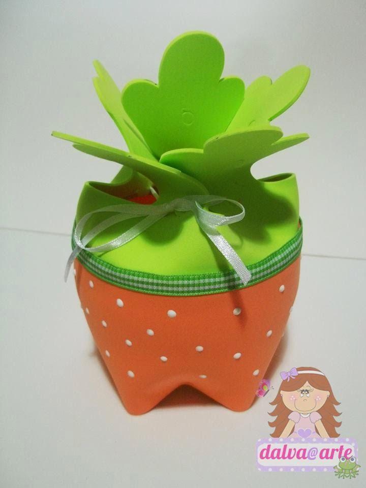Criatividade com artesanatos e reciclagem.