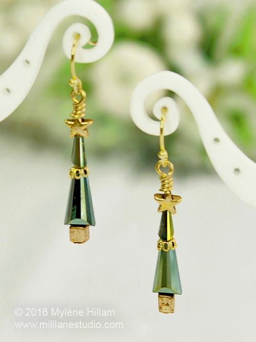 224 Best Christmas Jewelry Ideas Images On Pinterest Christmas  - Make Christmas Tree Earrings