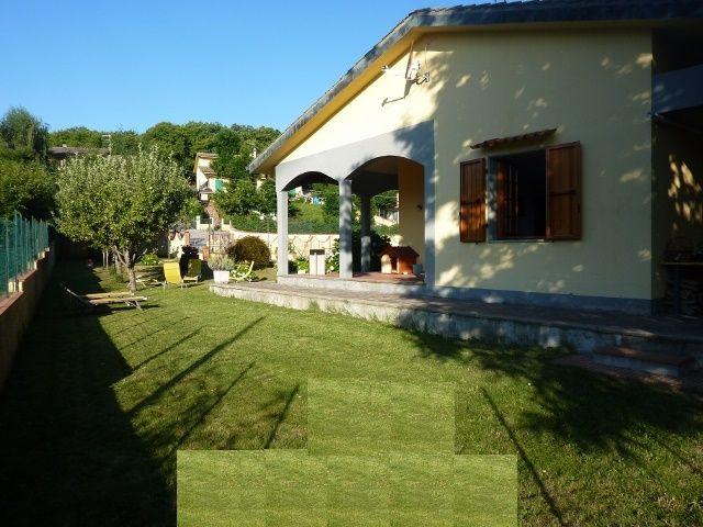 Villa Terra Tetto Femminamorta Poggio Ponticelli 6 vani Mq 240 RICH. € 199.000 TRATTABILI.