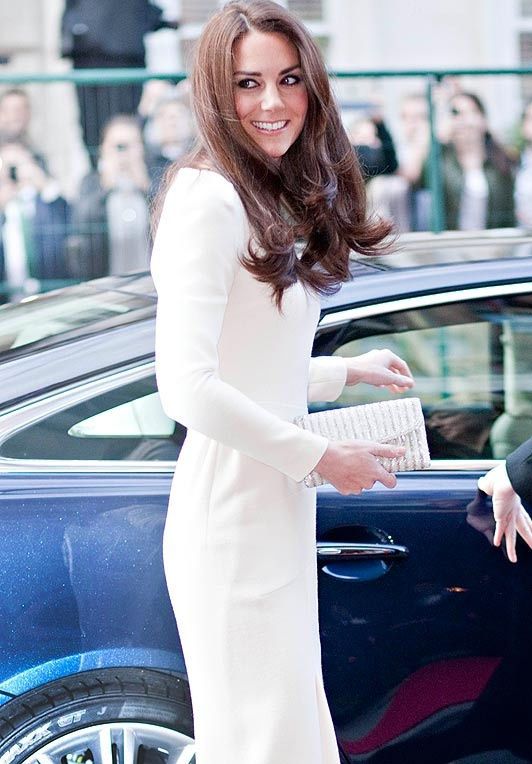 Kate Middleton: Fit Dresses, Form Fit, Dresses Long, Style Icons, People Worth, Long Tame, Dress Long, Thighs High, Tame Locks