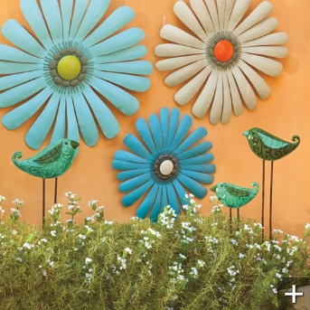 251 best images about fence decor on pinterest for Outdoor wall flowers