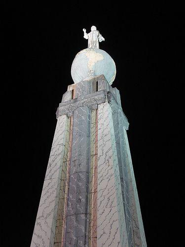 Monumento de El Salvador del Mundo, Plaza de Las Américas, San Salvador, El Salvador.