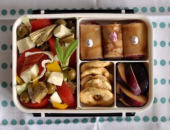 Healthy bento in a shikiri box.