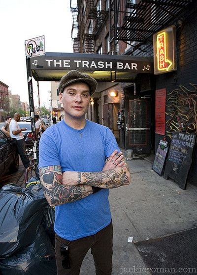 I used to be/still am so in love with Matt Skiba