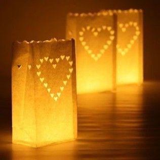http://www.mariage-original.com/13530-thickbox/lanterne-de-sol-en-papier-coeur-par-10.jpg