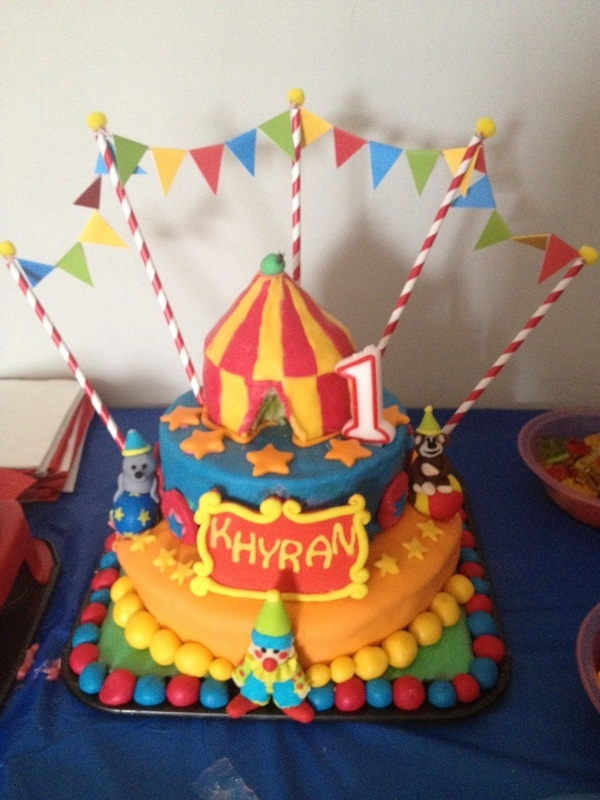 Circus cake, custom made toppers by Sweet Toppers http://cgi.ebay.com.au/ws/eBayISAPI.dll?ViewItem&item=111383398835&ssPageName=STRK:MESE:IT