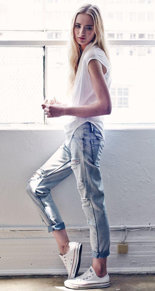 white cotton tee + distressed boyfriend jeans + white converse