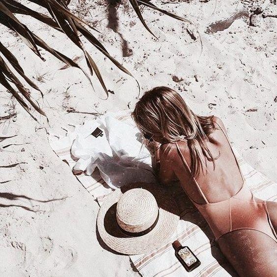 Das Sommerwetter kann der Haut einen Streich spiel…
