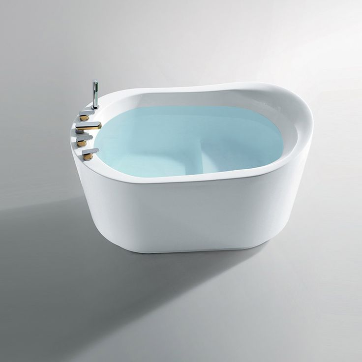 1000 ideas about baignoire sabot on pinterest tubs for Baignoire ilot dimension