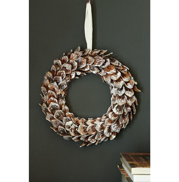 Pinecone Wreath   Rivièra Maison