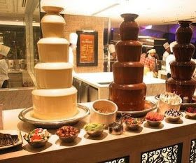 10 best images about fontaine de chocolat on pinterest sky chocolate fountains and mariage. Black Bedroom Furniture Sets. Home Design Ideas