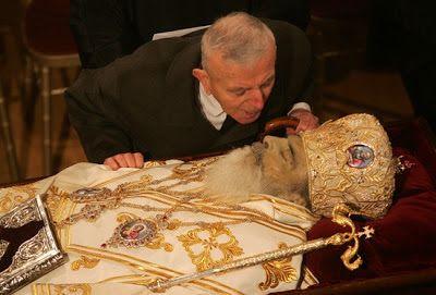 ΕΛΛΗΝΙΚΗ ΔΡΑΣΗ: Αρχιεπίσκοπος Χριστόδουλος: Σοκαριστικές δηλώσεις ...