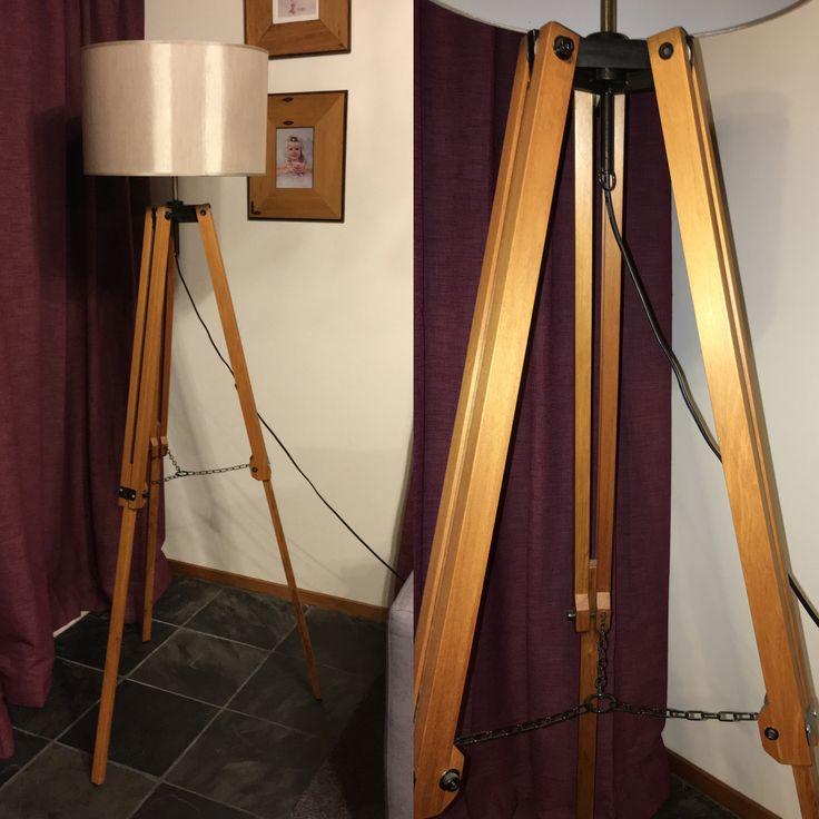 Rimu tripod lamp by Barry Hardy