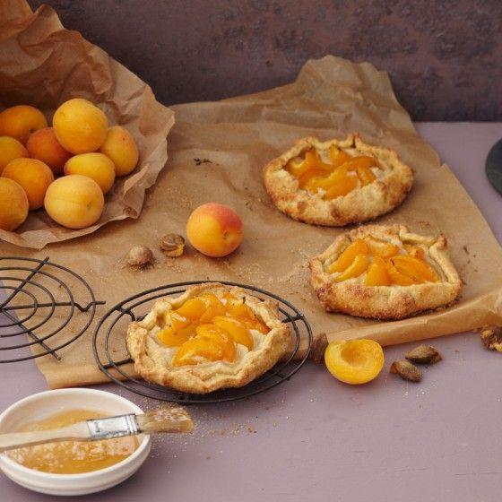 Aprikosen-Marzipan-Tartelettes
