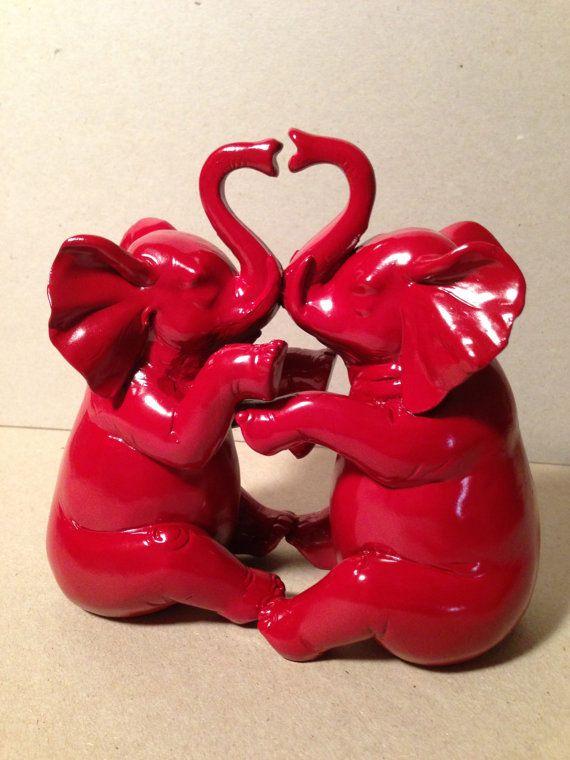 Elephants Love Heart Resin Modern Home Decor Cottage Chic Animal Safari Nursery Decor