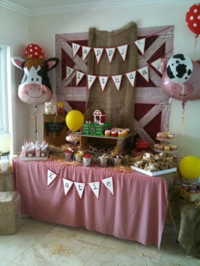 Farmhouse entertaining at its best.  See more barnyard birthday party and birthday parties for kids on www.one-stop-party-ideas.com