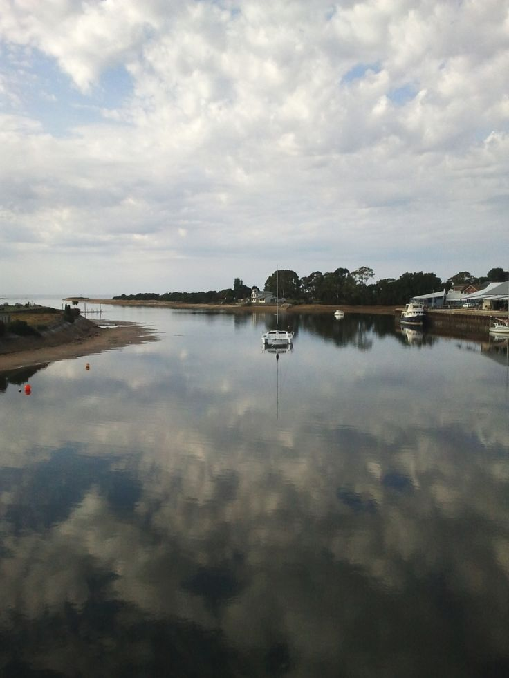 A nice morning on the Leven River at Ulverstone, Tasmania
