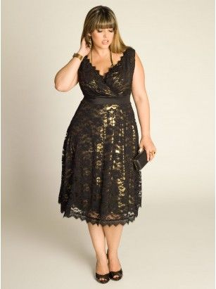 Leigh Plus Size Lace Dress in Gold
