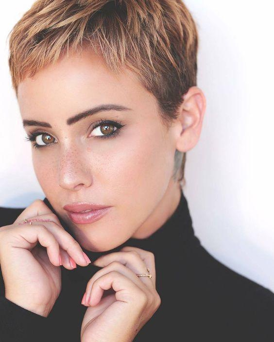 Inspiration für Frauen mit braunen Haaren: 10 Kur…