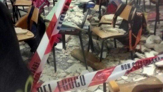 Ostuni 7 indagati per truffa sulla ristrutturazione di una scuola crollo dell'intonaco ferì 2 alunni - La Repubblica