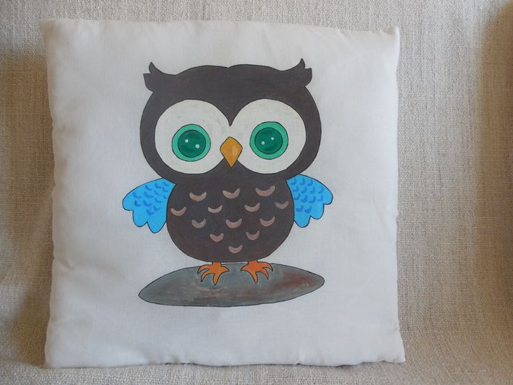 "Hand-painted pillow ""Brown owl"""