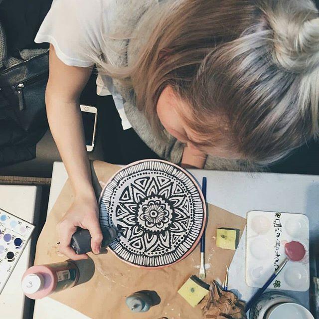 Regram @eliotho_though  #ceramiccafequebec . . . . . . . . . . . #ceramiccafe #céramiccafé #cafe #diy #doityourself #nouvostroch #ruedupavis #quebeccity #villedequebec #quebecoriginal #tourismquebec