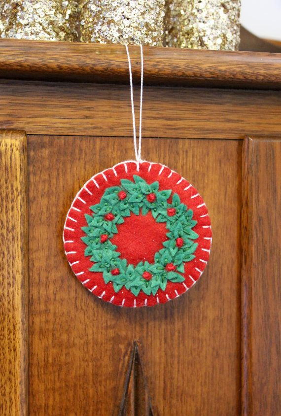 Wreath Christmas Ornament. by PuddleducklaneAgain on Etsy