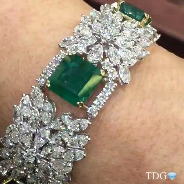 ARE YOU IN RIYADH?? DON'T MISS THE CHANCE TO SEE THE AMAZING @moniquecreationsny JEWELS, CURRENTLY EXHIBITING AT @jewellery.salon RIYADH!!! All natural Colombian Emerald and diamond bracelet from my friends at @moniquecreationsny ... Seeing this would be a highlight of the show for me!!!