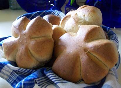 Quirky Cooking: Spelt Bread Rolls