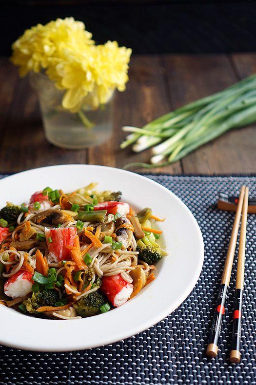 Гречневая лапша с овощами и морепродуктами - Andy Chef - блог о еде и путешествиях, пошаговые рецепты, интернет-магазин для кондитеров
