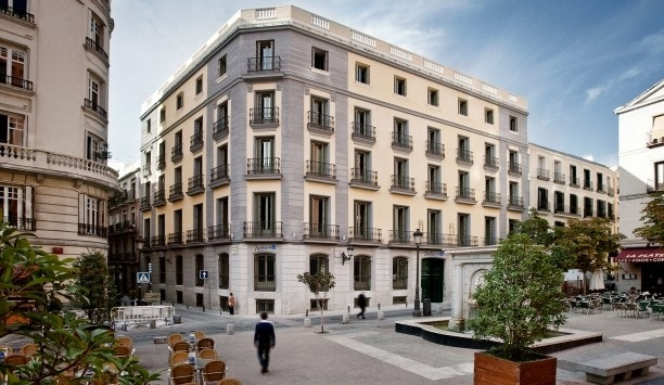 ...stay in Madrid again. For longer than a weekend. (Radisson Blu Madrid Prado  Madrid, Spain)