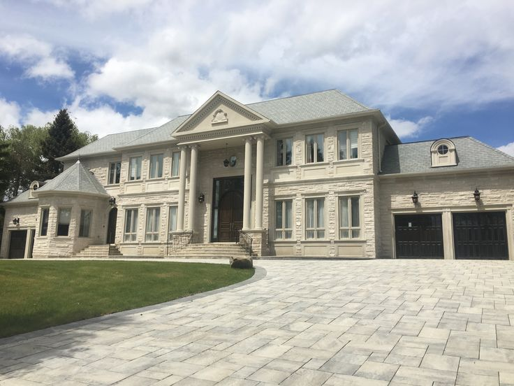 WOW! One of our fav custom builtd located in Markham. Materials used: Indiana coursing and bush hammered accents. Give us a call to learn more about how we can create a stunning exterior on your home: www.AllstoneQuarry.com #Allstone