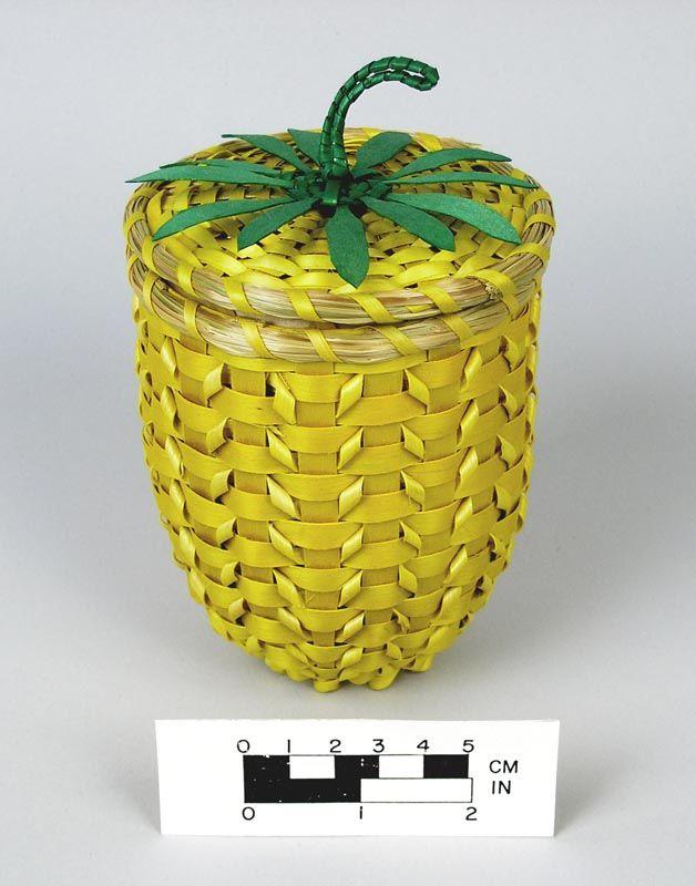 Cesta piña   -   Pineapple basket