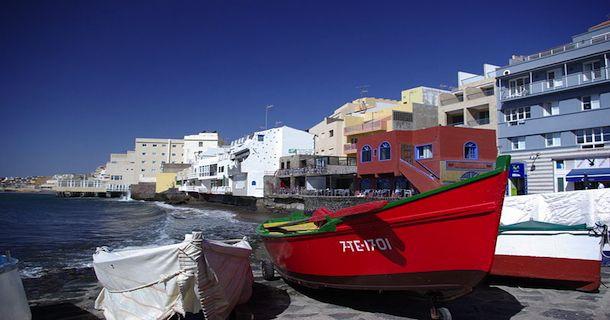Vol Nantes - Tenerife en Espagne ☼ Partir en week-end ou vacances en Espagne depuis Nantes c'est possible grâce au vol Nantes - Tenerife. La compagnie low cost Volotea a décidé de renouveler